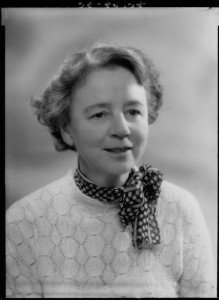 Margart Irwin by Bassano, half-plate glass negative, 27 July 1939. Creative Commons licence, NPG